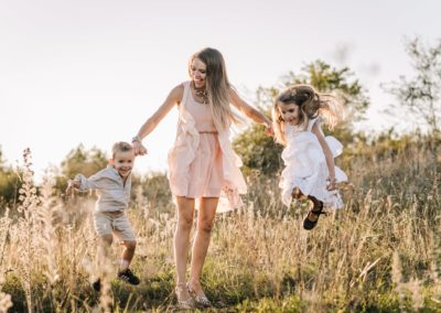 Rodzinna sesja w plenerze