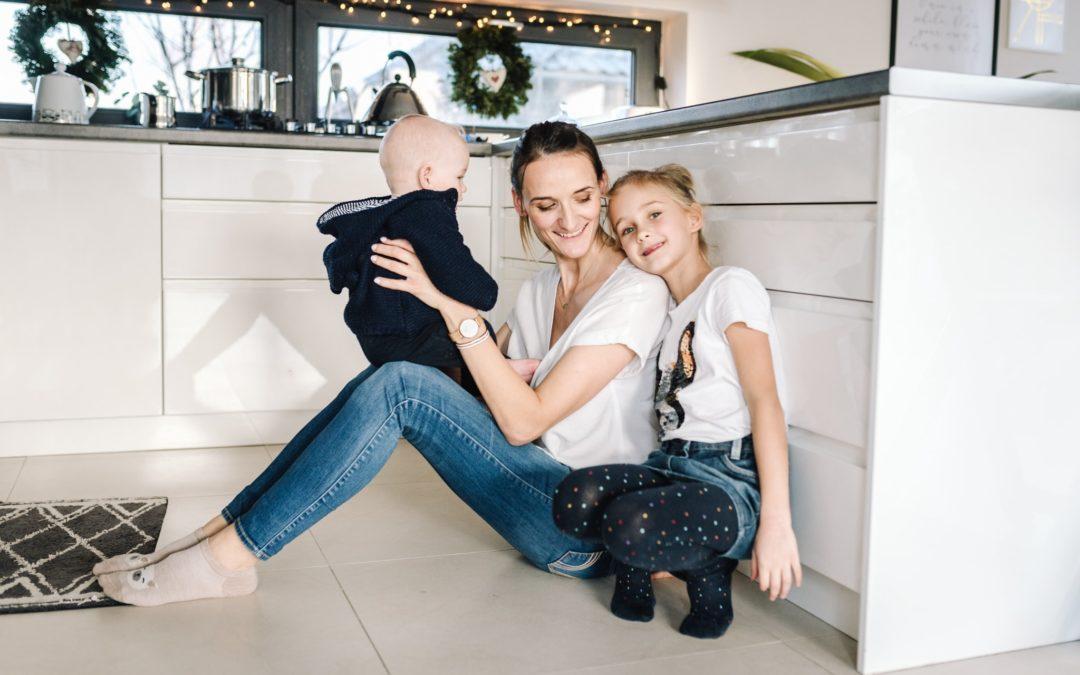 Sesja dziecięca w domu