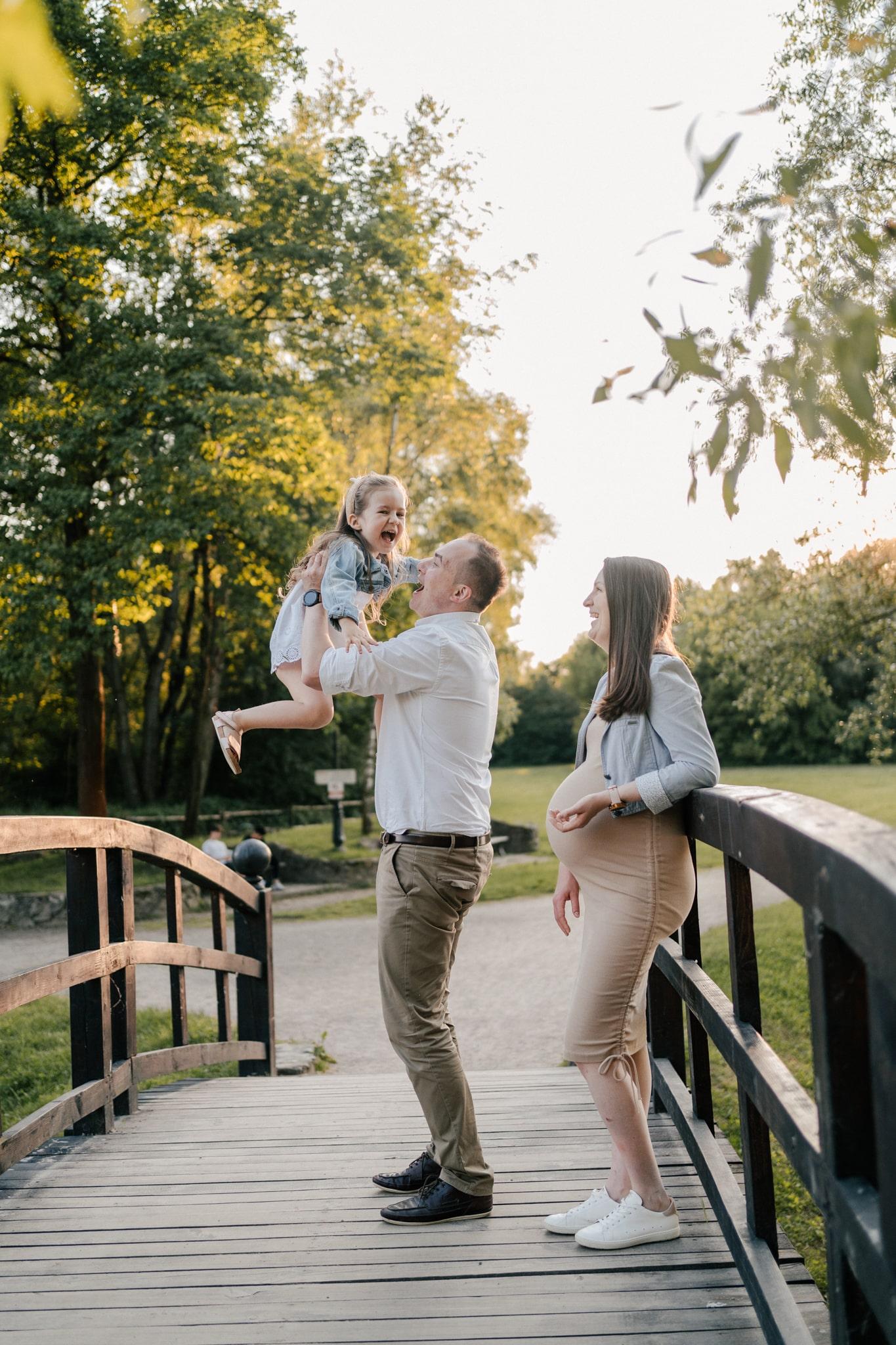 fotograf ciążowy w plenerze Krakow